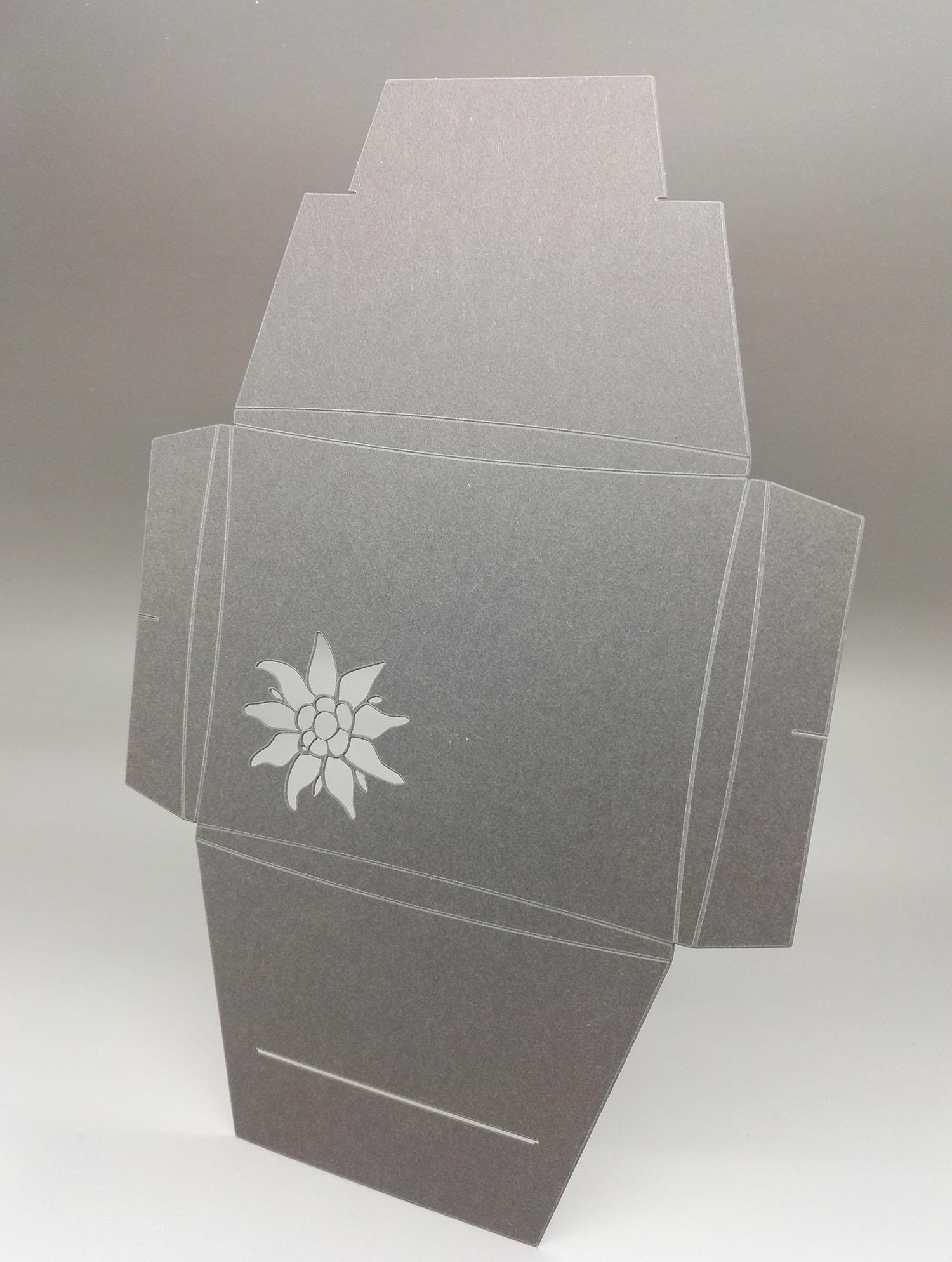 Geschenk-Faltschachtel für Liebhaberstücke!
